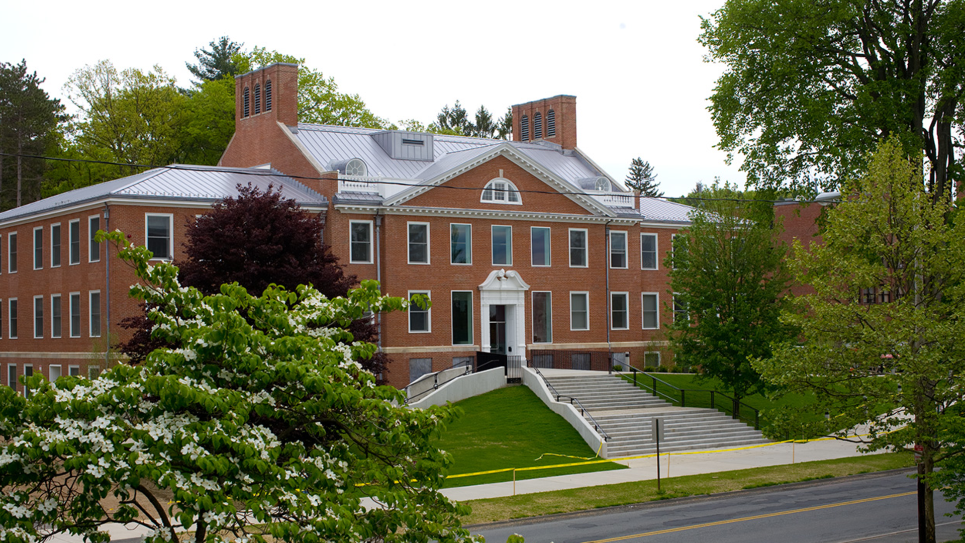 Skinner Hall at the College of Nursing at UMass Amherst